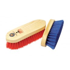 EQUERRY WOODEN DANDY BRUSH POLYPROPYLENE MEDIUM